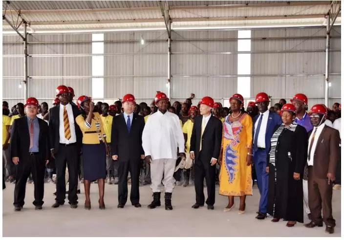 President Yoweri Kaguta Museveni of The Republic of Uganda visited Wangkang (Uganda) Ceramics Co., Ltd